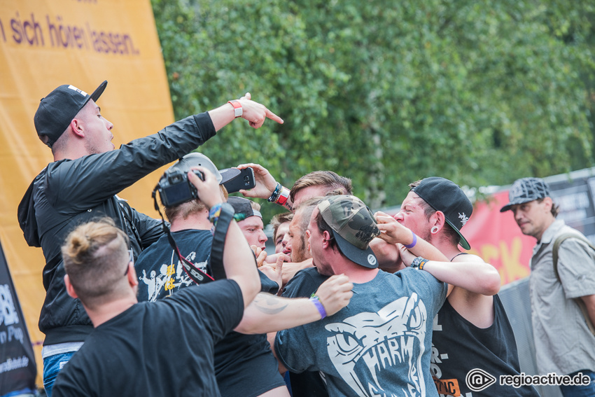 Blood For Betrayal live auf dem Traffic Jam Open Air 2016